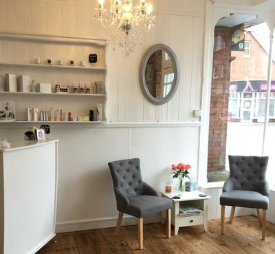Saint James Lash Bar, 889 Christchurch Road, Bournemouth, Reviews